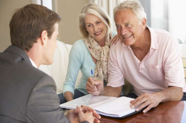 Estate Planning Total Approach With Retirees Meeting a Financial Advisor