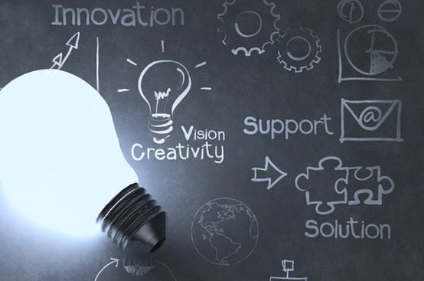 Image shows lightbulb and words like innovation, creativity and support for reasons why we selected Commonwealth