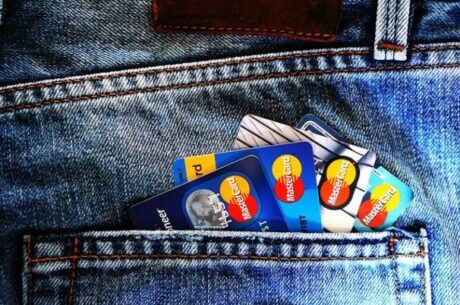 Five Money Tips: Managing Your Credit Score